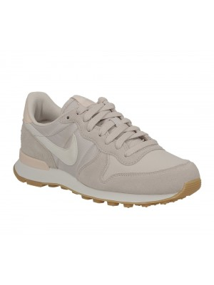 Nike WMNS Internationalist 828407 028 Sable du desert  Blanc sommer